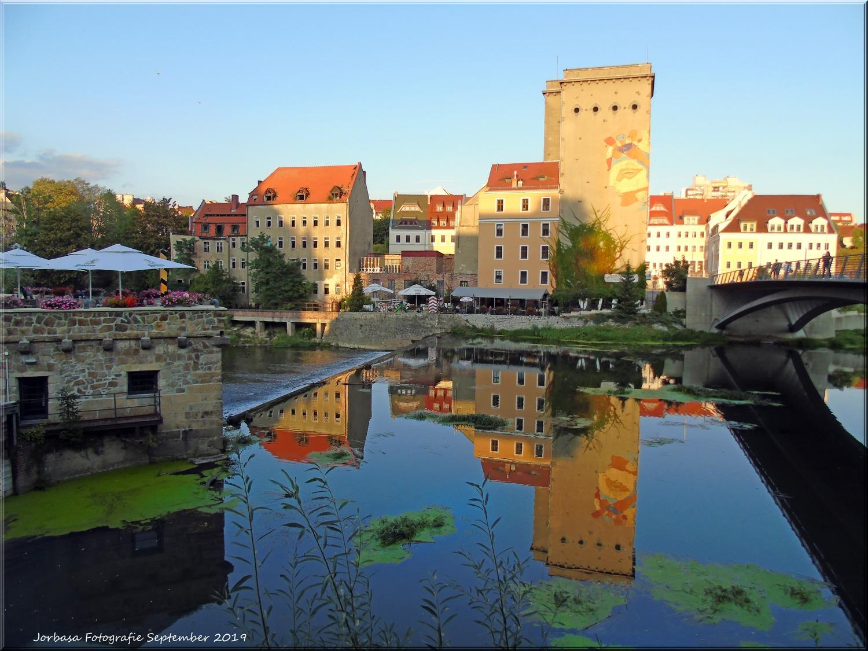 Blick an der Neißebrücke von Görlitz auf das polnische Zgorzelec